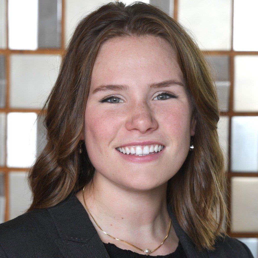 Julia Ganns