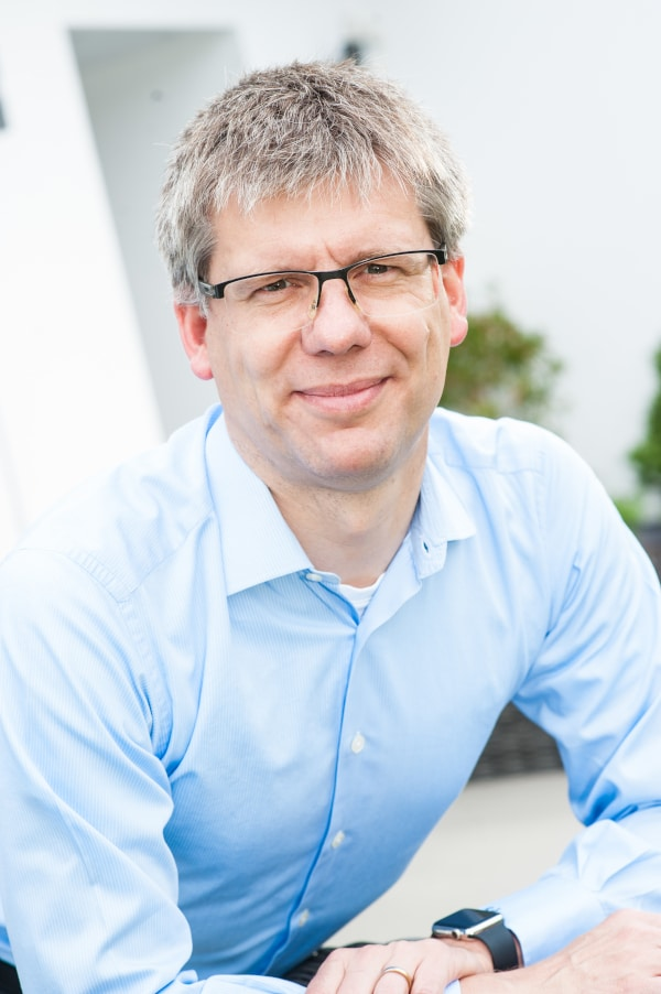 Dr. Carsten Stöcker