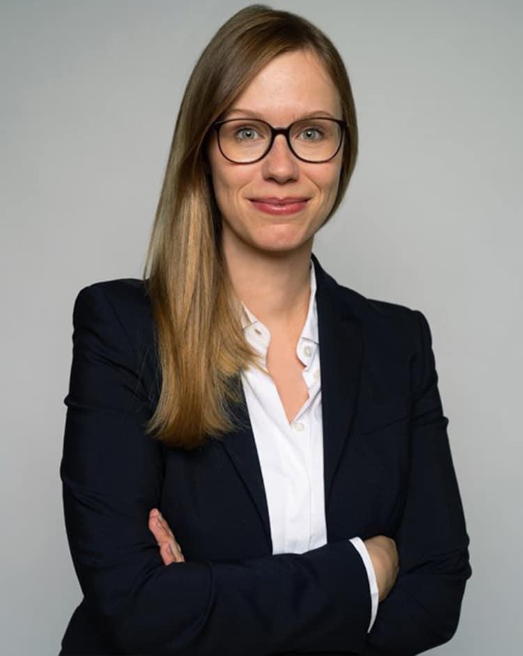 Julia Piening